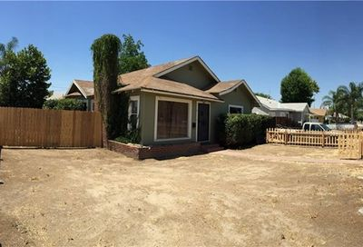 300 N Quince Exeter CA 93221