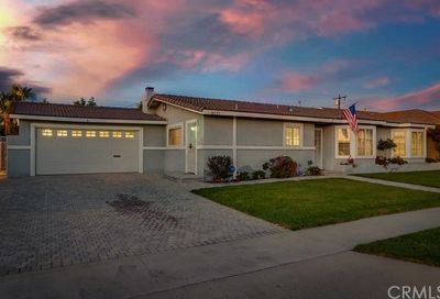 8521 Lamar Drive Huntington Beach CA 92647