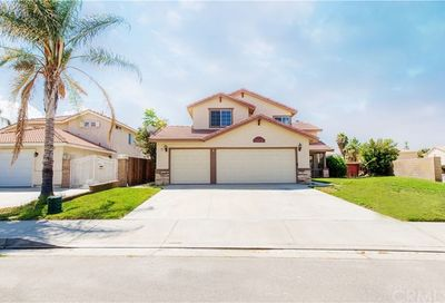 2803 Cambridge Avenue Hemet CA 92545