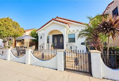 160 Roycroft Avenue Long Beach CA 90803