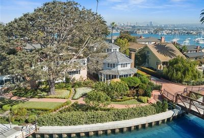 21 Bay Island Newport Beach CA 92661