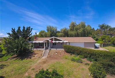 226 Foxfire Lane Fallbrook CA 92028
