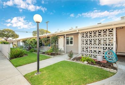 1491 Interlachen Road M-10 Seal Beach CA 90740