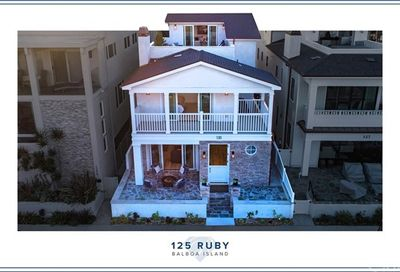 125 Ruby Avenue Newport Beach CA 92662