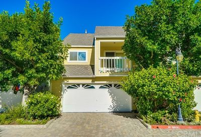 6025 Loynes Drive Long Beach CA 90803