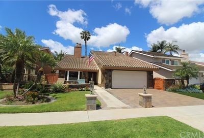 24442 Peacock Street Lake Forest CA 92630