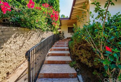 4181 Weslin Avenue Sherman Oaks CA 91423