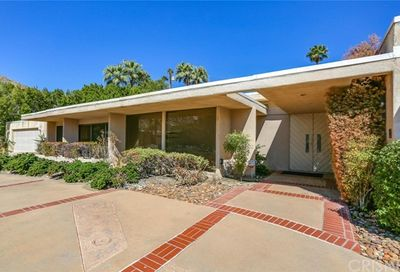 750 Camino Norte Palm Springs CA 92262