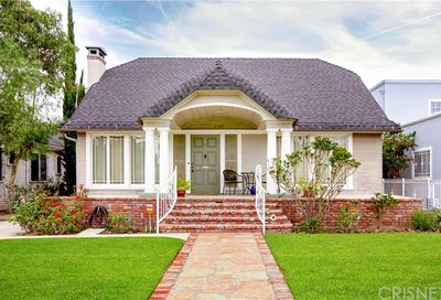 1107 S St Andrews Place Los Angeles CA 90019