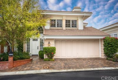 2220 The Terrace Brentwood CA 90049