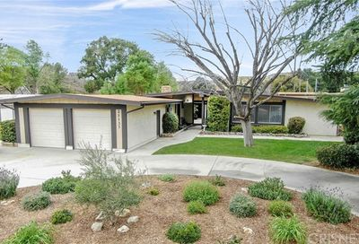 21137 Placerita Canyon Road Newhall CA 91321
