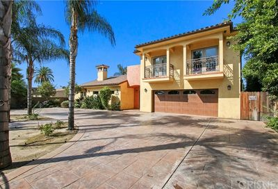 7735 Coldwater Canyon Avenue North Hollywood CA 91605