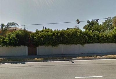 7743 Coldwater Canyon Avenue North Hollywood CA 91605