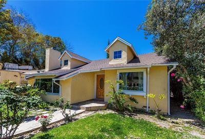 4503 Vesper Avenue Sherman Oaks CA 91403