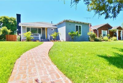 3833 Olive Avenue Long Beach CA 90807