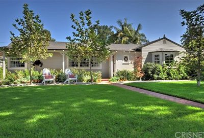 4616 Ethel Avenue Sherman Oaks CA 91423