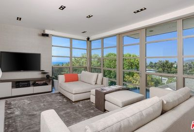 870 Haverford Avenue Pacific Palisades CA 90272