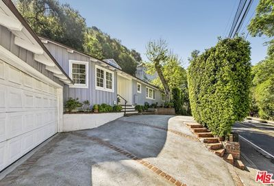 1870 Benedict Canyon Drive Beverly Hills CA 90210