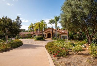 17550 Via De Fortuna Rancho Santa Fe CA 92067