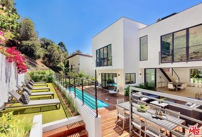 2044 Benedict Canyon Drive Beverly Hills CA 90210