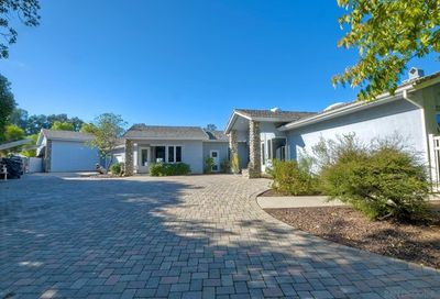 16334 Woodson View Road Poway CA 92064