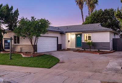 4930 Chaucer Ave San Diego CA 92120