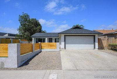 10826 Parkdale Ave San Diego CA 92126