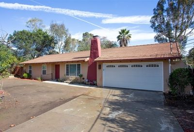 3330 Mary Lane Escondido CA 92025