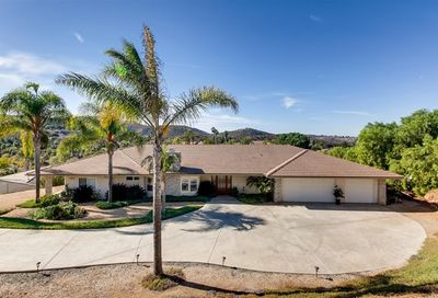 29802 Kirsten Lane Vista CA 92084