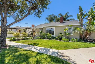 4651 Goldfield Avenue Long Beach CA 90807