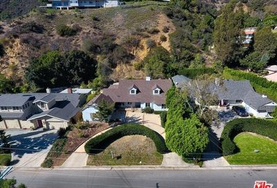 2279 Coldwater Canyon Drive Beverly Hills CA 90210