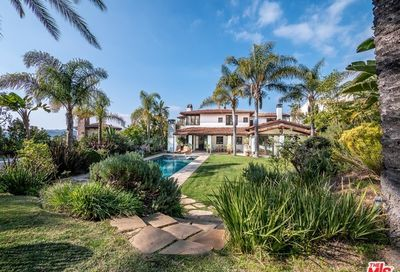 1765 Chastain Pacific Palisades CA 90272