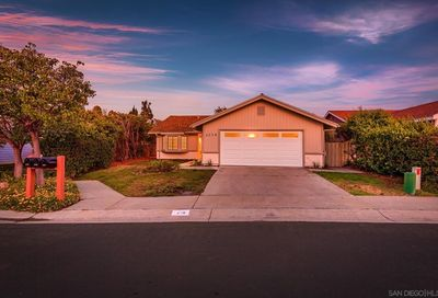 2236 Cottage Way Vista CA 92081