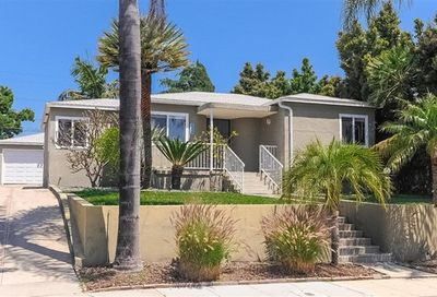 5820 Adelaide Ave San Diego CA 92115