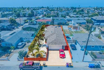 572 10th Imperial Beach CA 91932