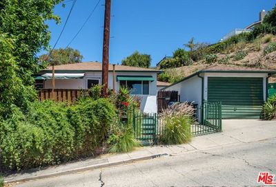 5811 Weaver Street Los Angeles CA 90042