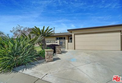1965 9th Street La Verne CA 91750