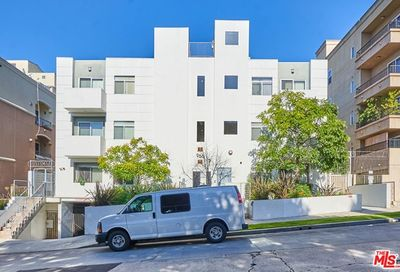 966 S St Andrews Place Los Angeles CA 90019