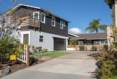 880 Munevar Cardiff By The Sea CA 92007