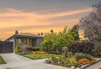 4313 Chase Avenue Los Angeles CA 90066