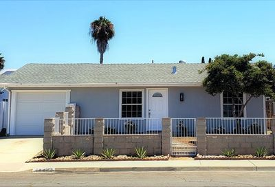 10443 Greenford San Diego CA 92126
