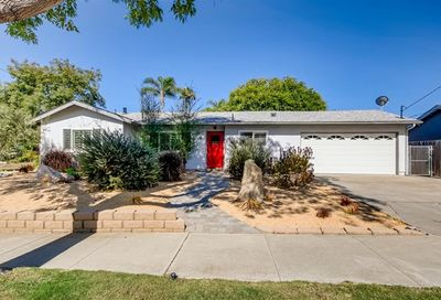 1703 Dora Dr Cardiff By The Sea CA 92007