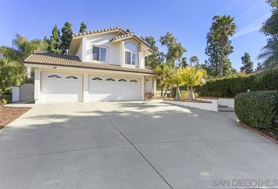 1866 Falconer Ct Vista CA 92081