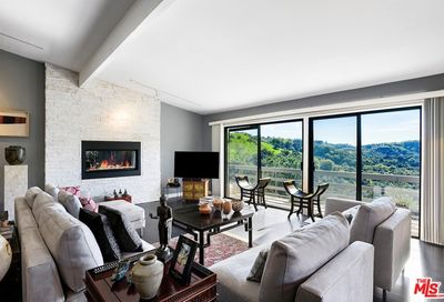 3048 Franklin Canyon Drive Beverly Hills CA 90210