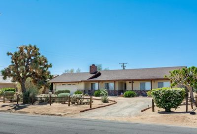 58035 Carlyle Drive Yucca Valley CA 92284