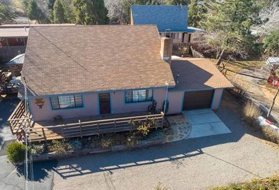 2784 Lakeview Dr. Julian CA 92036
