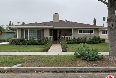 4632 N Cerritos Drive Long Beach CA 90807