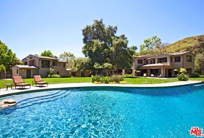3200 Retreat Court Malibu CA 90265