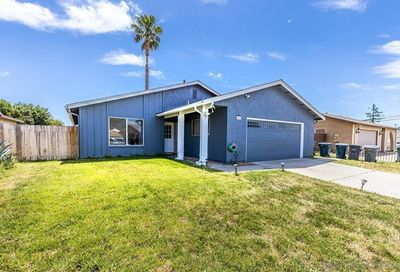 2009 Matthew Pl Escondido CA 92027