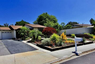 4572 Beverly Glen Dr Oceanside CA 92056